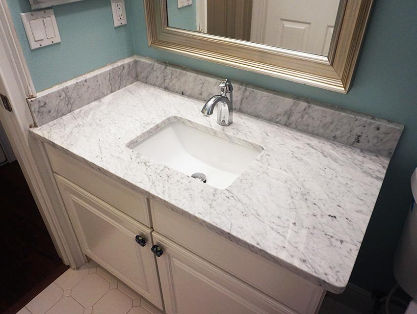 bathroom 05.jpg