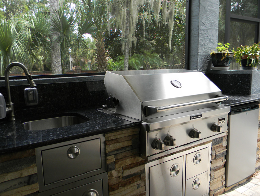 outdoor kitchen 05.jpg