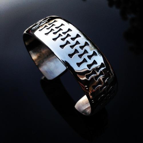 waddie crazyhorse bracelets.jpeg