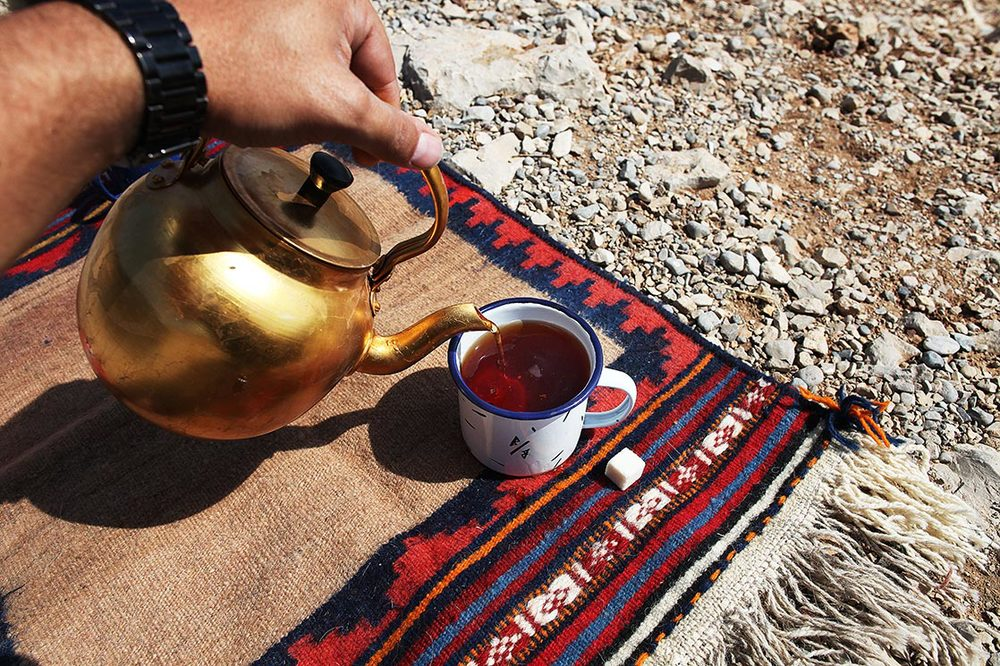 To know how can take a break. Tea x Blanc Blanc x small nomad carpet... ;) | Khoozistan | IRAN