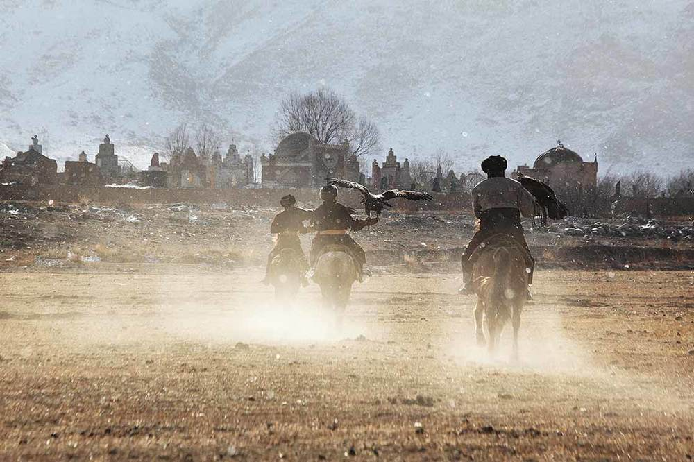 The beginning of a hunting  | KYRGYZSTAN