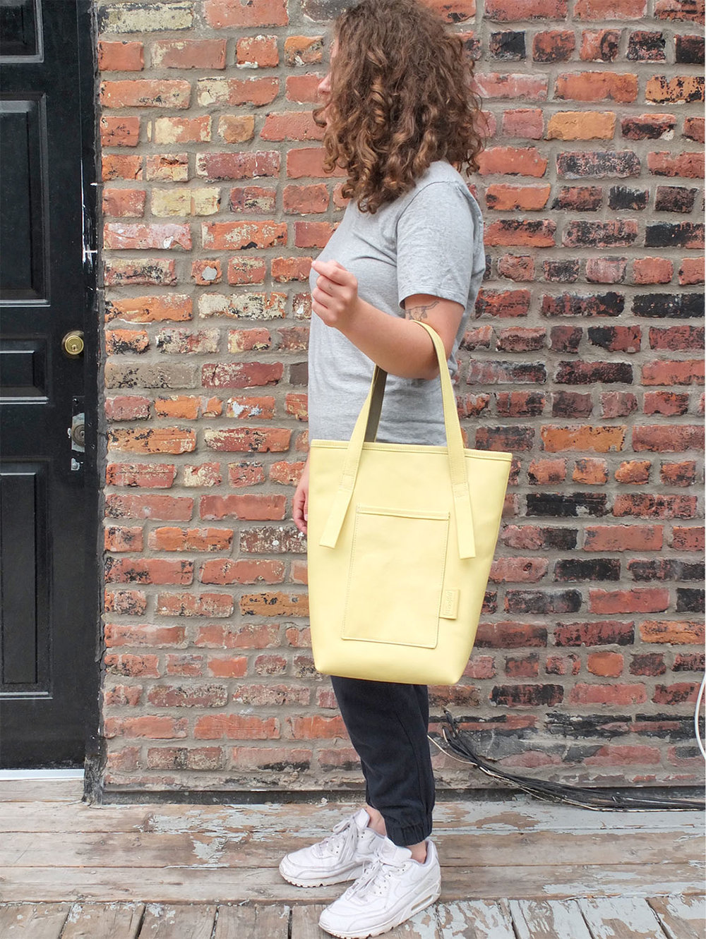 META leather tote bag