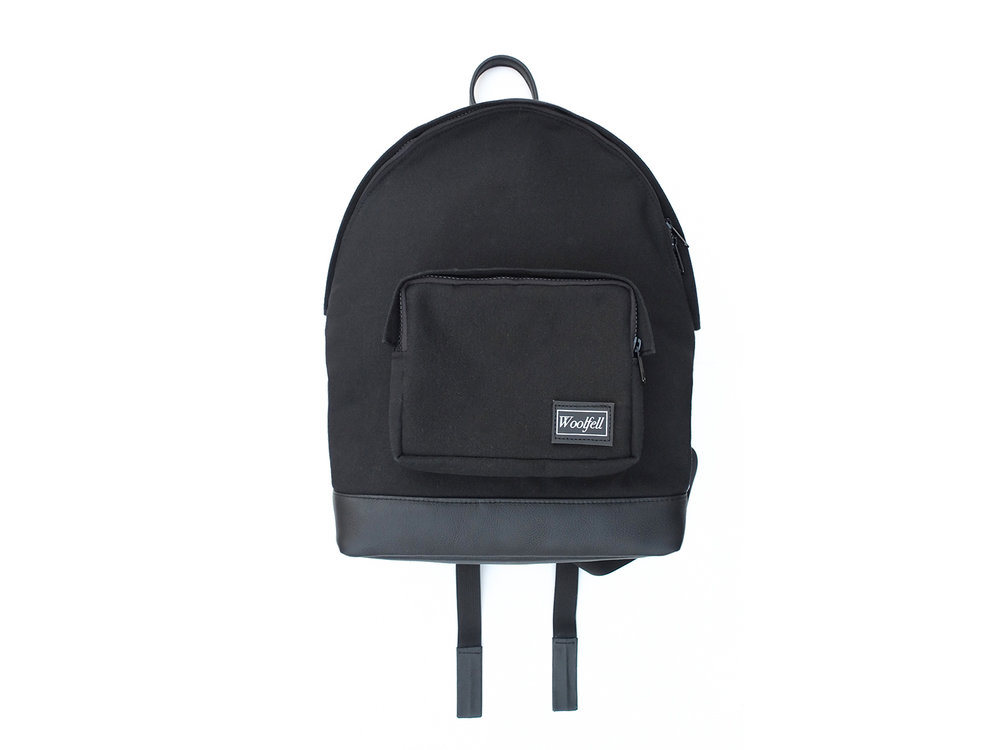 'Classic' backpack in black