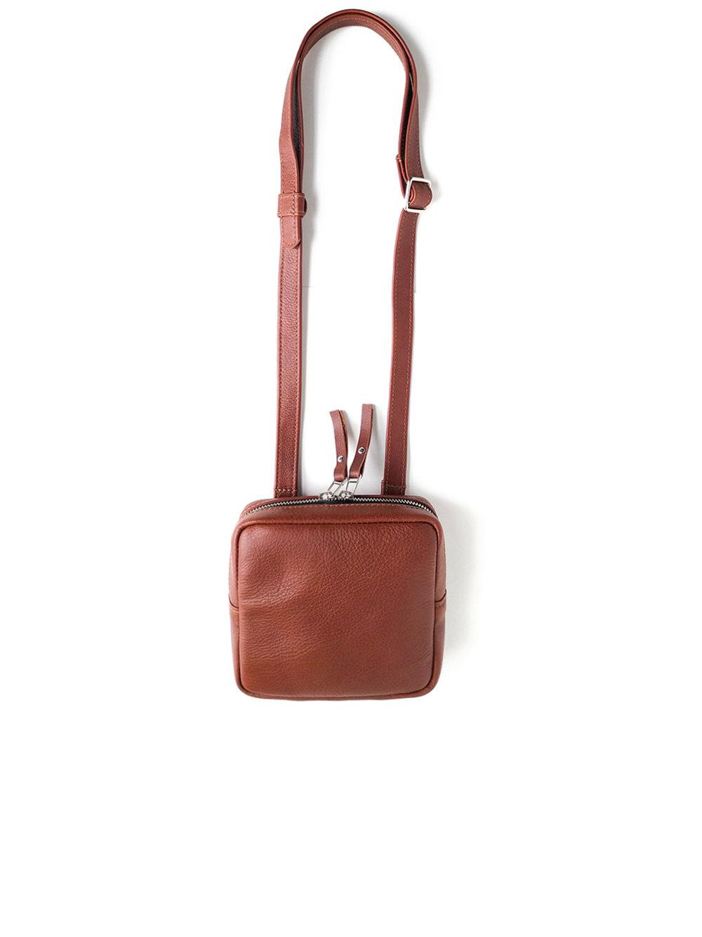 Mini sac à main - plusieurs couleurs disponibles110.00$