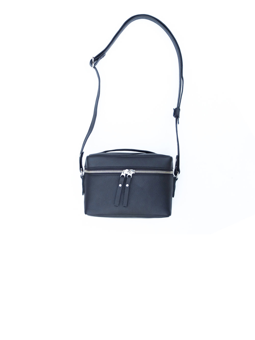 Box handbag - 140.00$