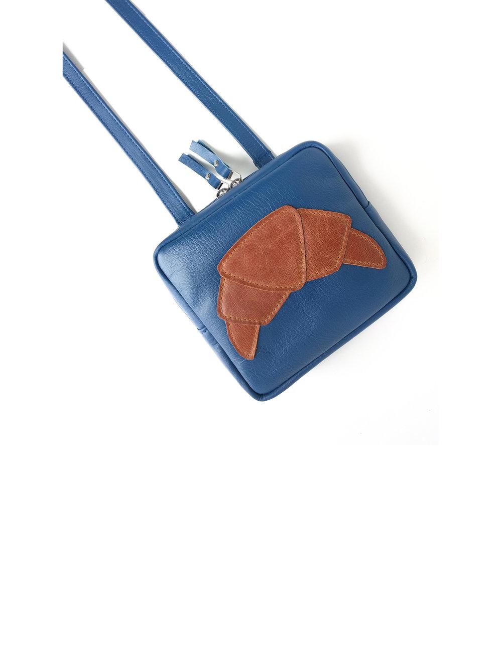 Mini sac à main appliqué Croissant - plusieurs couleurs disponibles150.00$