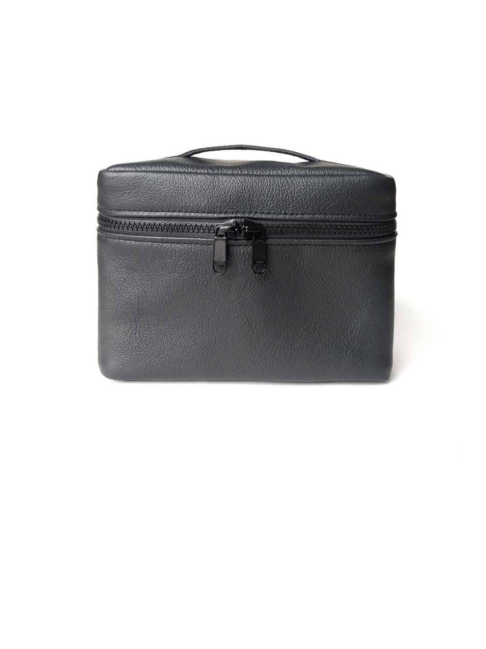 Box leather dopp kit - 90.00$