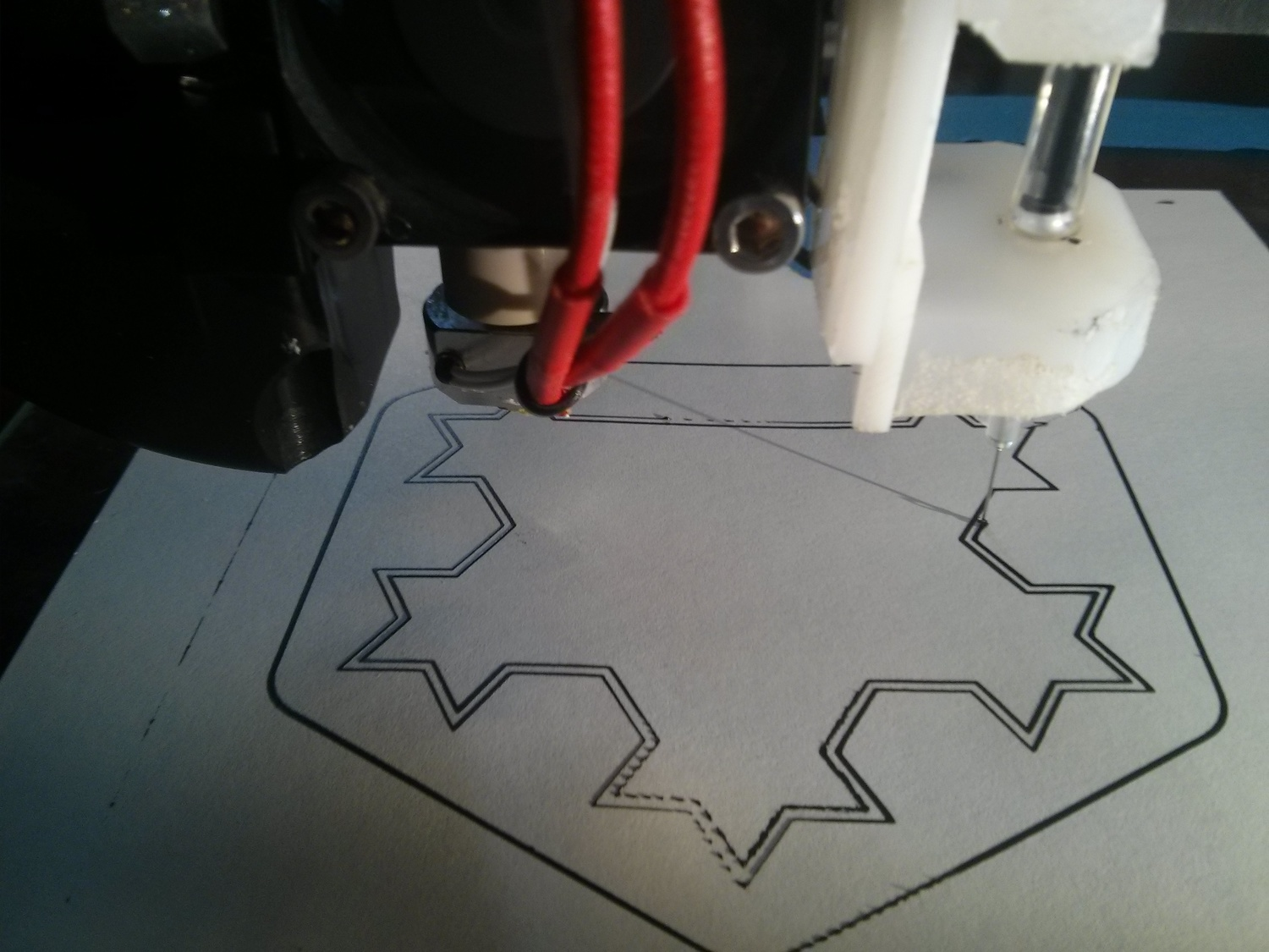 How To Print A Fractal Antenna With Bare Conductive Electric Paint Structur3d Io Disrupting The Status Quo