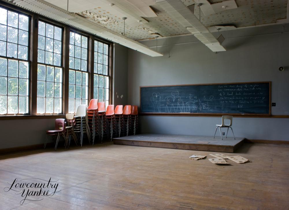 stageclassroom.jpg