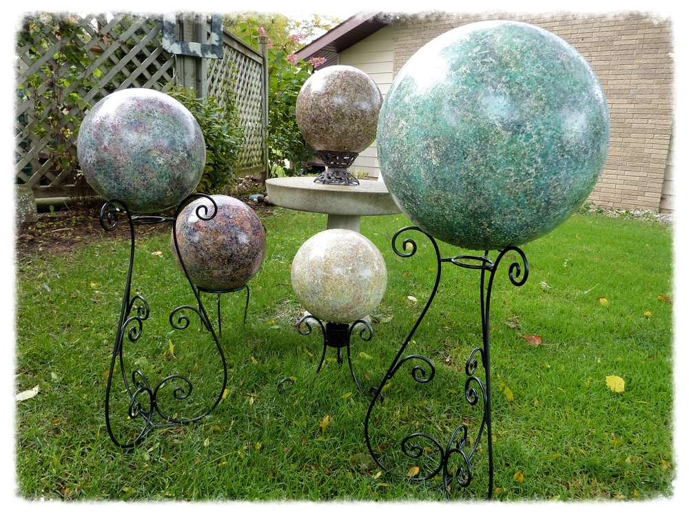 ... In Summer Sunshine Or Winteru0027s Cold, As A Room Accent Or On A Pedestal  In The Garden. These Decorative Spheres Can Be As Versatile As Your  Imagination.
