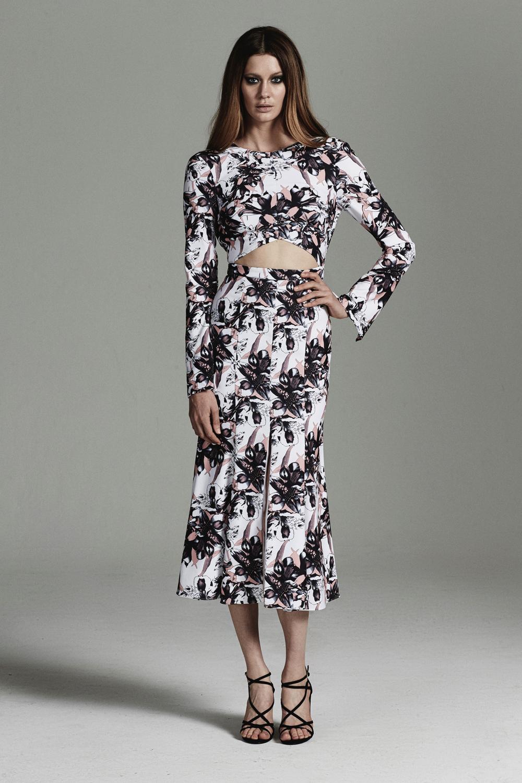 rebecca-vallance-fashionstills4.jpg