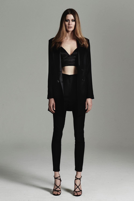 rebecca-vallance-fashionstills6.jpg