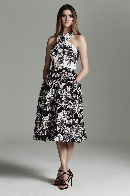 rebecca-vallance-fashionstills19.jpg