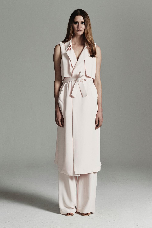 rebecca-vallance-fashionstills24.jpg