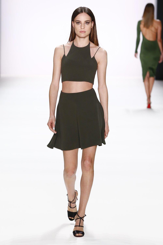 ss-2017_fashion-week-berlin_DE_0007_cushnie-et-ochs_66985.jpg