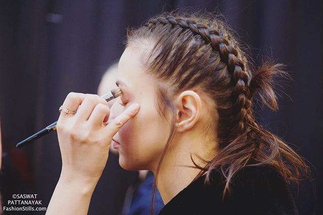 All eyes on the New York Fashion Week. #backstage #fashionweek #nyfw #fashion #designer #fashiondesigner #tbt #ootd #fashionblog #fashionblogger #fashionista #fashionphotography #fashionphotographer #style #hair #eyelashes #makeup #newyorkfashionweek #eyebrows #eyelashextensions #makeupartist #model #fashionmodel #runway #mbfw #styleblogger #lookbook #vsco #instafashion #vscocam