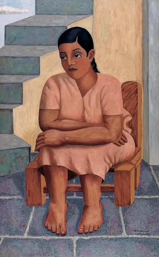 Manuel Rodríguez Lozano   Muchacha sentada , 1929  Óleo sobre tela  160.3 x 100.3   Como en muchas de sus pinturas, Manuel Rodríguez Lozano se valió en esta obra de la contraposición de una figura con una arquitectura específica. En el caso de  Muchacha sentada , se aprecia a una mujer de raza indígena, descalza y con un vestido rosa, que reposa en una silla. Detrás del personaje se reconoce una escalera que lleva hacia un lugar que no es posible descubrir con la mirada. Con este tipo de soluciones compositivas, el pintor fue capaz de evocar un momento aislado de cualquier referente espacio-temporal, llevando al espectador a introducirse en el mismo ámbito nostálgico y por momentos desconcertante de la escena.