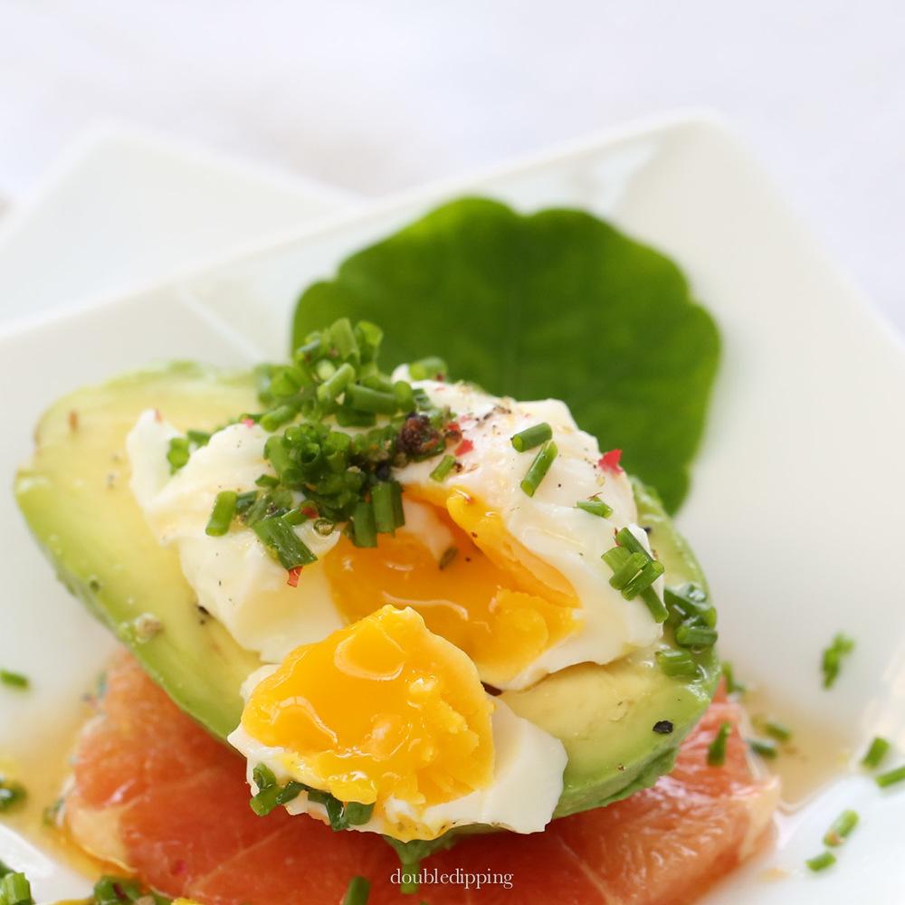 Soft center egg, Avocado and Grapefruit