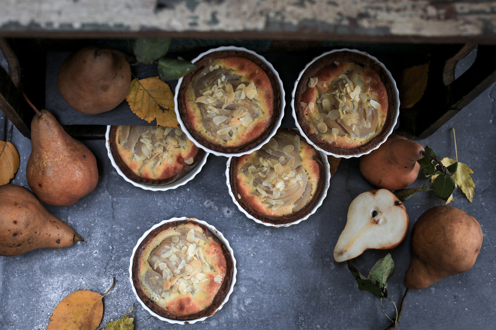french tarte aux poires