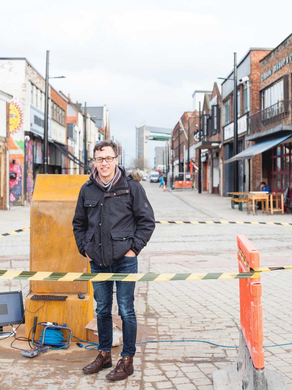 Michael Pinsky installing The City Speaks