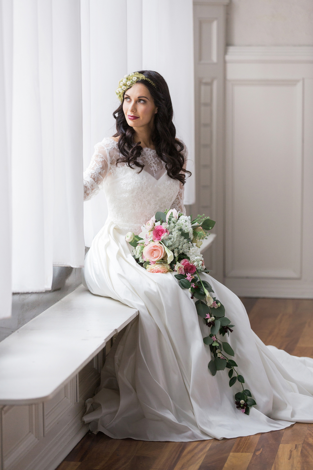 Rosy_Marsala_Lace_Wedding_Styled_Shoot_LPhotographie_0073_5126.jpg
