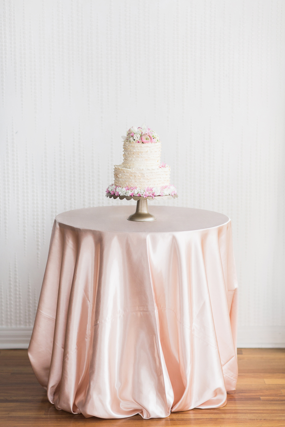 Rosy_Marsala_Lace_Wedding_Styled_Shoot_LPhotographie_0076_5135.jpg