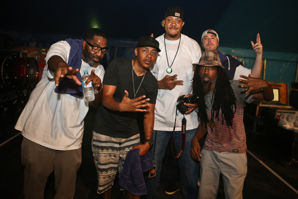 jurassic 5 (backstage)_bluesfest15_josh groom (3).jpg