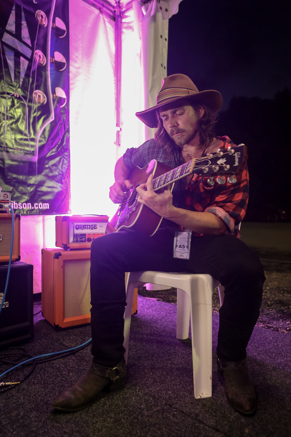 lukas nelson, backstage in the gibson tent