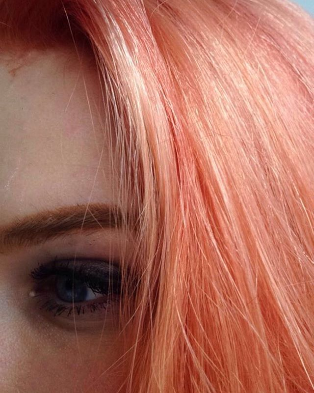 Feeling peachy 🍑 . . . #messyhair #peachhair #pinkhair #orangehair #wella #wellahair #wellatoner #wellacolour