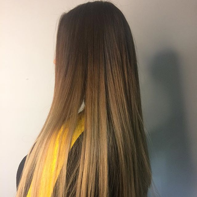 Blend . . . #balayage #rcnq #wella #wellatoner #straighthair #manchestersalon #ombrehair #ghdstyler