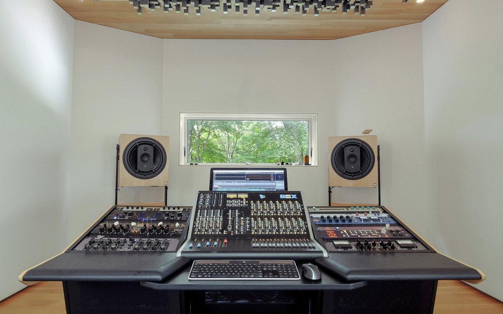studioAPIB.jpg