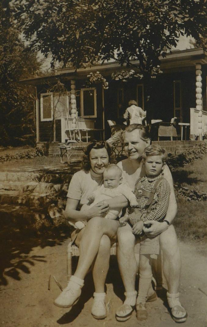 Meisel family GG 1940s.JPG