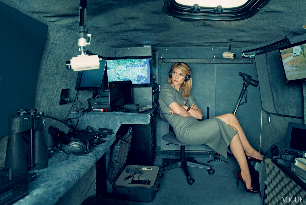 Vogue August 2013  Claire Danes  Photographed by Annie Leibovitz  Styled by Tonne Goodman