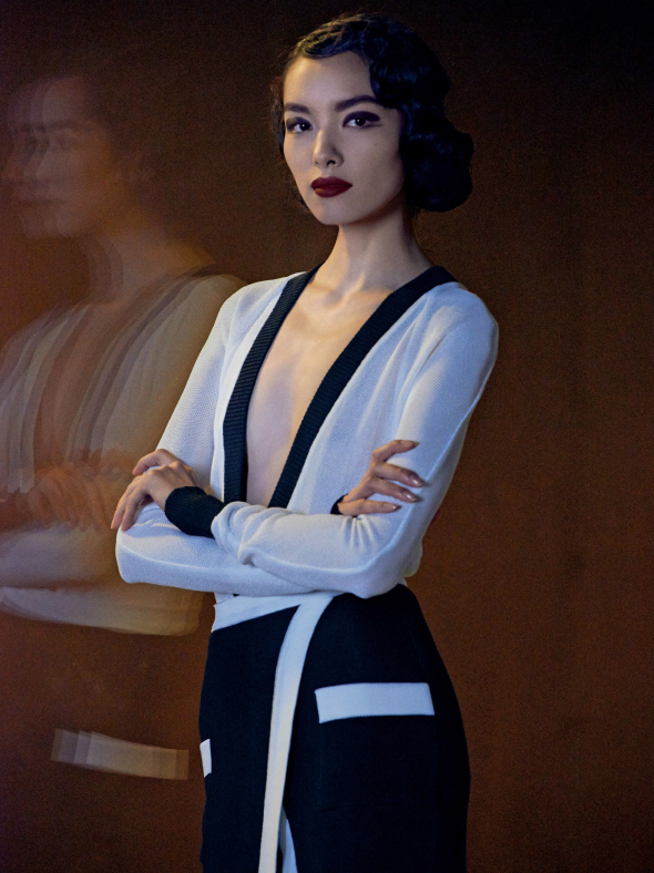 fei-fei-sun-joel-kinnaman-by-peter-lindbergh-for-vogue-us-march-2014-5.jpg