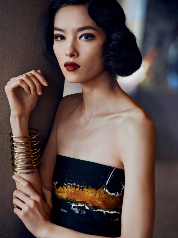 fei-fei-sun-joel-kinnaman-by-peter-lindbergh-for-vogue-us-march-2014-6.jpg