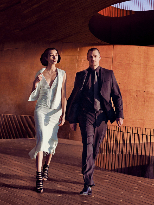 fei-fei-sun-joel-kinnaman-by-peter-lindbergh-for-vogue-us-march-2014-9.jpg