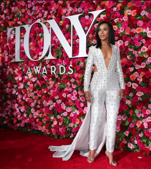 Tailoring - Kerry Washington in Versace at the Tony Awards 2018