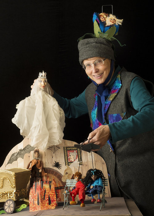 The Snow Queen by Eulenspeigel Puppets