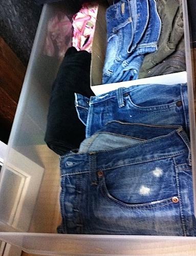 収納するもののサイズに合わせた仕切りが可能。 #organize#closet#pants#shoesbox#partation#idea