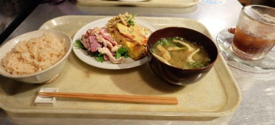 玄米もおばんざいも美味しくヘルシー!私的には、バルサミコ酢ソーダがはまった〜!   #macrobiotic#yamashokudou#kiyosumishirakawa#organic#restaurant