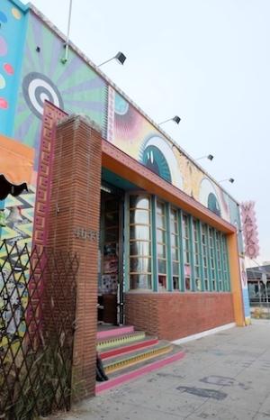 おもしろ雑貨店の 【WACKO】 もアートの街ならではのアイテムがたくさん!#wacko#silver#lake#losangeles