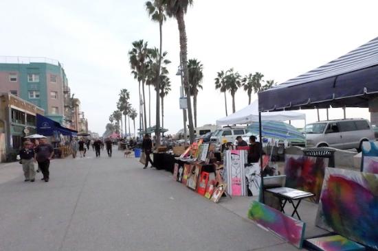 ベニスビーチのビーチウォーク #venicebeach#walk#art#christmas#losangeles