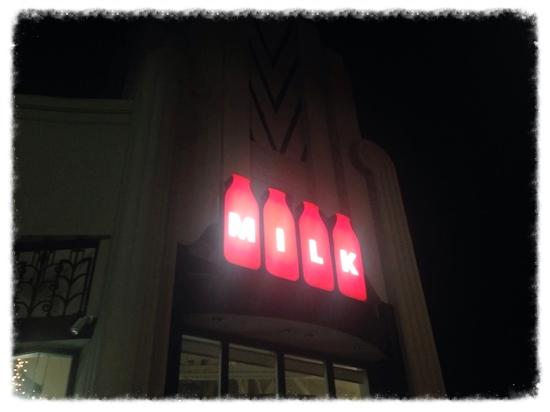 【MILK】オフィシャルサイトはこちら→www.themilkshop.com/ #milk#losangeles#sign#sweets#cakes#icecream