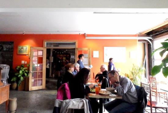 店内もナチュラルな雰囲気ですてき。#caomo#warehousedistrict#nora#neworleans#cafe#brazillian