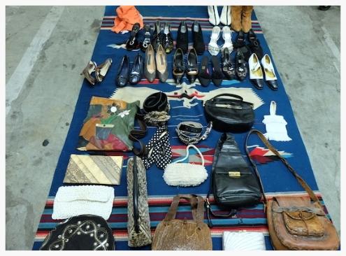 やたらお洒落な人が売っていたりするお店もあってお宝探しができるかも!#losangeles#shopping#pasadena#fleamarket#fashion