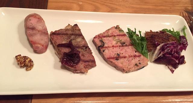 シャルキュトリー イベリコ豚、初めて食べたカリカリっとベイクしたトリッパ。