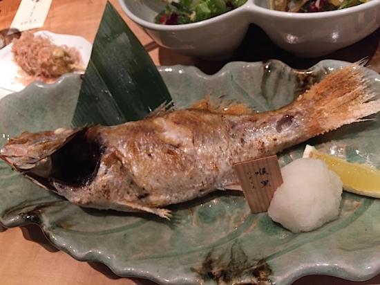 高級魚「のどぐろ」の塩焼き。甘く脂がのっていて最高。