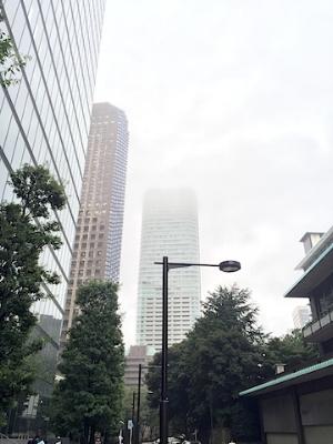 どんより霧雨で肌寒かった午後。。。