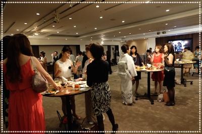パーティーは主催者、出席者、テーマ、場所、いろいろ考慮して。。