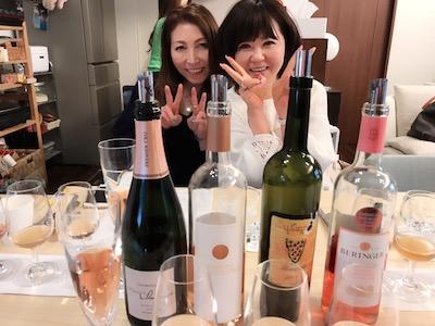 Daisy Spaの真理さん♡ 女優さんやモデル、タレントさんはじめ美の提供をしてきた女性は数知れず。。すごい方。。ワイン飲んでふわ〜の彼女はかわいい♡